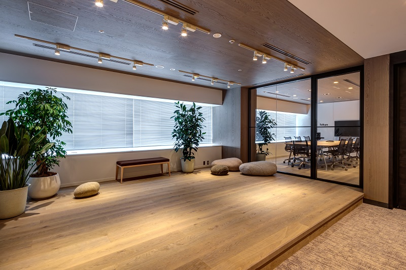 オフィスデザイン実績 クライアントスペース(シンプル、ナチュラル)
